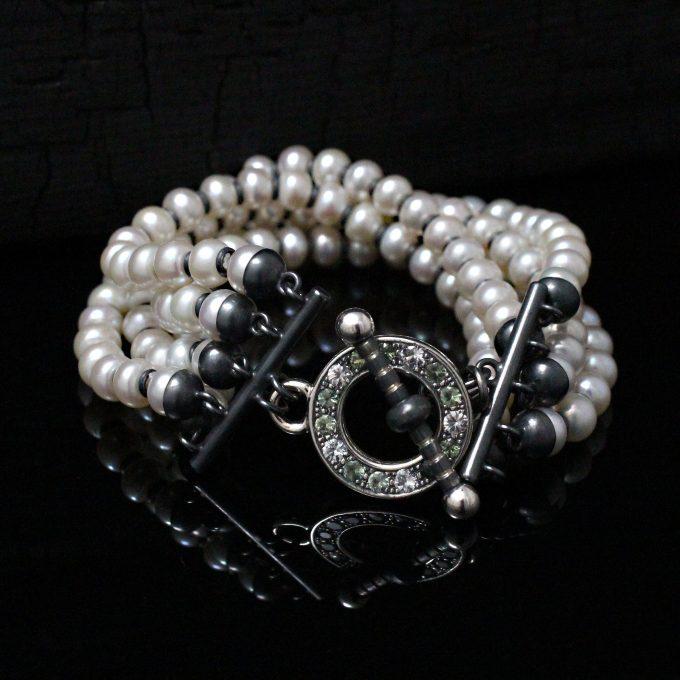 Caroline Savoie Joaillerie Bracelet Perle Saphirs Fait Main Bijoux Montreal Handmade Jewellery Pearl (1)