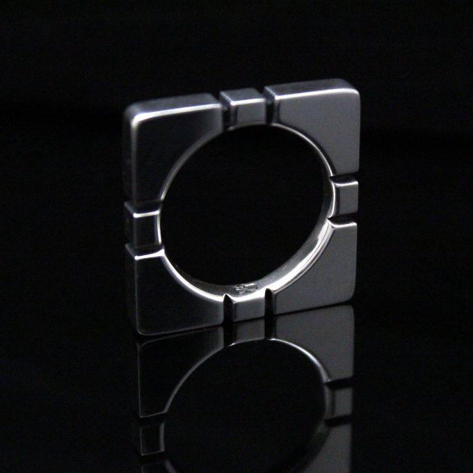 Caroline Savoie Joaillerie Bague Rubik Carree Unisexe Bijoux Fait Main Montreal Handmade Jewelry (2)