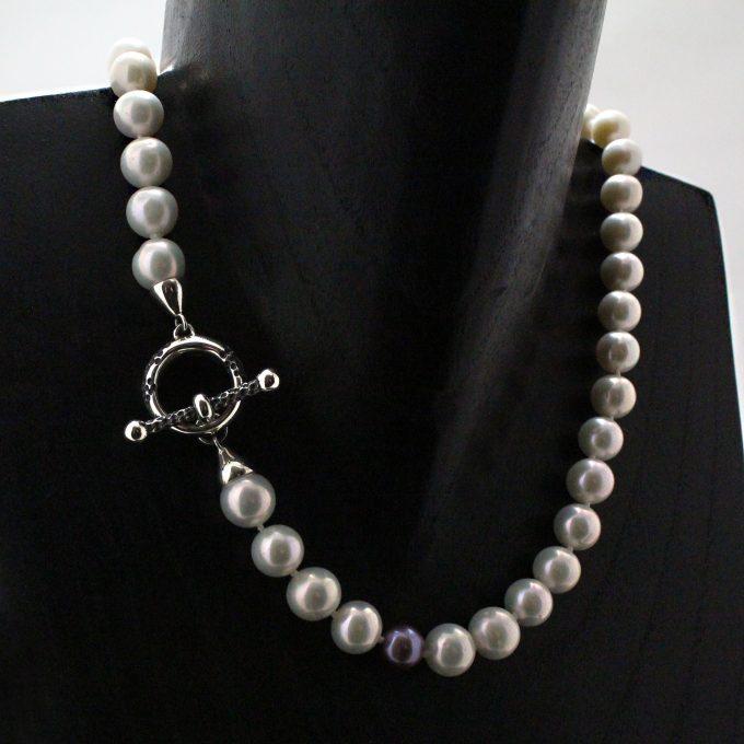 Caroline Savoie Joaillerie Collier Perles Jaguar Blanches Kasumiga Bijoux Faits Main Montreal Handmade Jewelry Pearls Necklace (6)