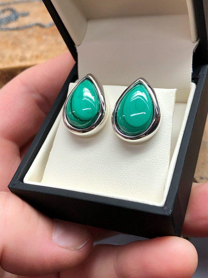 Caroline Savoie Joaillerie Boucles D'oreilles Vert De Malachite Bijoux Fait Main Joaillier Quebec Montreal Handmade Jewelry Green Earrings (2)
