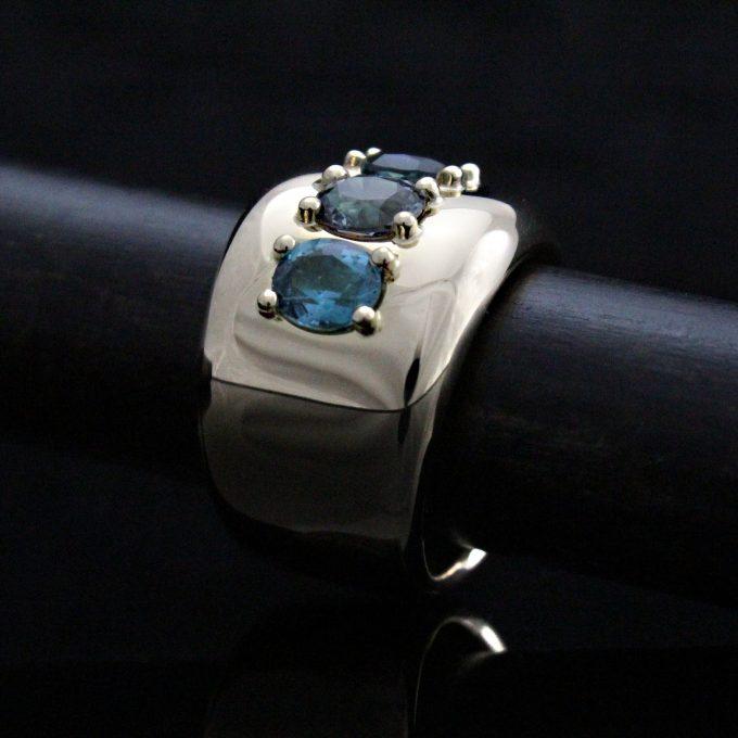 Caroline Savoie Joaillerie Bague Vendôme Or 18k Bijoux Fait Main Quebec Montreal Handmade Jewellery 18k Gold Ring Spinel Tourmaline (5)