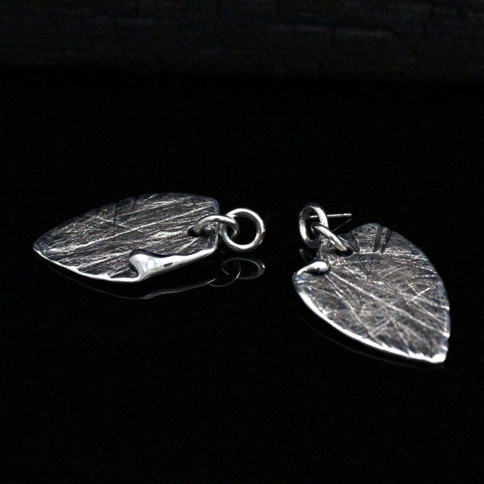 Caroline Savoie Joaillerie Boucles d'oreilles Petales Bijoux Fait Main Quebec Montreal Handmade Earrings Jewelry Designer (7)