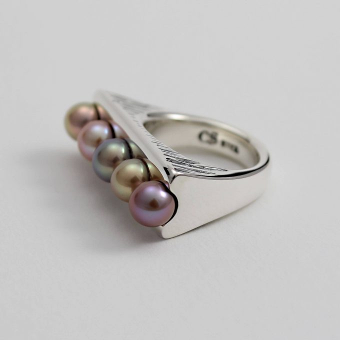 Caroline Savoie Joaillerie Bague Perle Haricot Magique Bijoux Quebec Fait Main Montreal Handmade Jewelry Pearl Ring (3)
